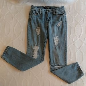 LUCKY Distressed Jean